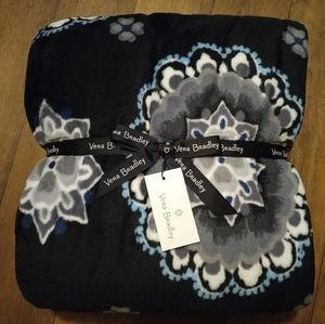 Vera Bradley Plush Throw Blanket Charcoal